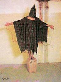 صور لمظاهر التعذيب في سجن أبو غريب، الصورة: أ.ب