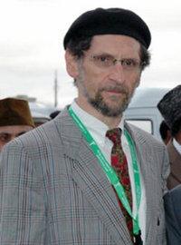 عبد الله واقي هاوزر، رئيس الجماعة الأحمدية في ألمانيا منذ عام 1984
