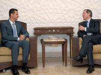 الرئيس السوري بشار الأسد في لقاء مع نظيره اللبناني ميشال سليمان  في باريس، الصورة: أ.ب