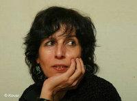 الكاتبة والرسامة عايدة نصرالله، الصورة: دار نشر  كوفار