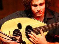كنان إدناوي من فرقة وجوه، الصورة: دلين صالحية