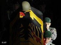 جنازة أحد الجنود الألمان الذين قتلوا في أفغانستان، الصورة: أ.ب