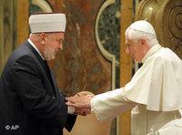 البابا في استقبال مفتي البوسنة والهرسك مصطفى تسيرتش