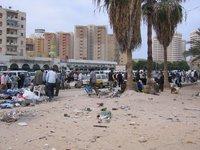 الفقر والحاجة تطيحان بشرائح كثيرة في المجتمع الليبي، الصورة: بيآت شتاوفَر