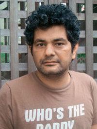 الصحفي محمد حنيف