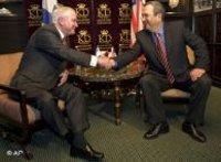 روبرت غيتس وإيهود باراك متَّفقان فيما يخص إيران