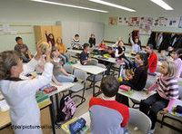 طلبة مهاجرون، الصورة: د.ب.أ