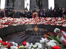 Remembrance of the massacre of Armenians in Yerevan, 24th of April 2010 (photo: AP)