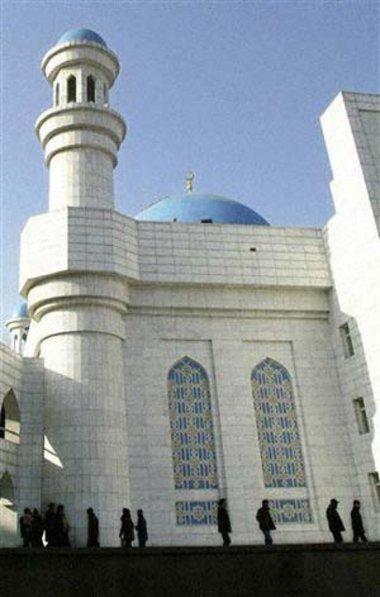 أحد مساجد العاصمة الكزخية، الصورة أ.ب