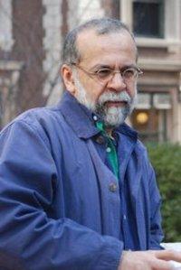 المفكر حميد داباشي، الصورة خاص