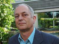 ود إليش، مدير المطبوعات الخاصة بدراسات الإسلام والشرق الأوسط وإفريقيا في دار بريل للنشر