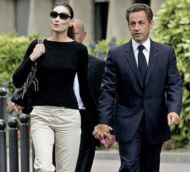 بروني عقيلة الرئيس الفرنسي، الصورة ا.ب