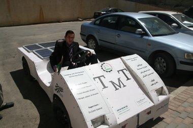 مشروع السيارة النظيفة، الصورة مهند حامد