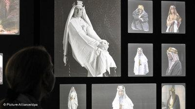 Photo exhibition 'Lawrence of Arabia' (photo: picture-alliance/dpa)