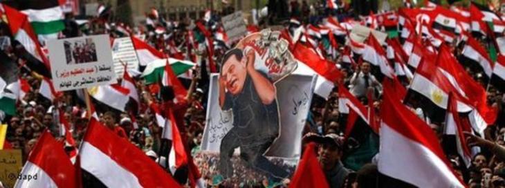 منتفضون في القاهرة