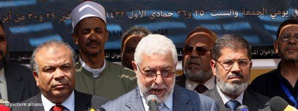 Pressekonferenz der Muslimbruderschaft nach der Zulassung als neue Partei; Foto: dapd
