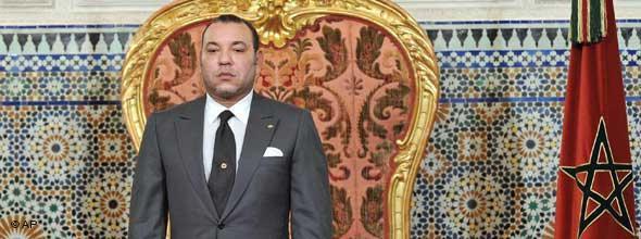ترتب عن الفصل التاسع عشر من الدستور المغربي الجديد جدل واسع في صفوف الحركات المدافعة عن حقوق المرأة بالمغرب