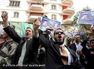 هل ستتمكن القوى الليبرالية من تشكيل ثقل مضاد للحركات الإسلامية السياسية؟