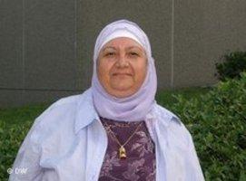 سميرة حسين، فلسطينية الأصل تعيش في منطقة غايثرسبيرغ في ولاية ميريلاند شمال العاصمة الأمريكية