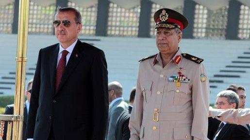 إردوغان مع قائد أركان الجيش المصري