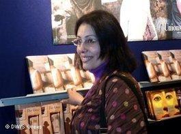 الكاتبة المصرية منصورة عز الدين، الصورة سمير جريس