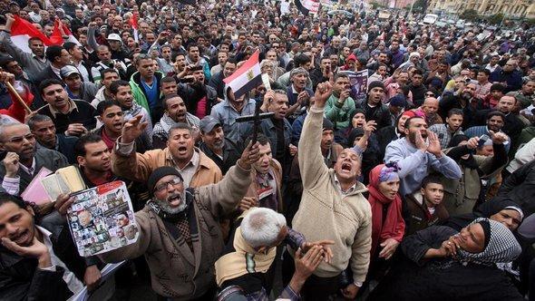 Proteste auf dem Tahrir-Platz am 1. Jahrestag der Revolution; Foto: EPA