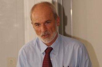 جيرد شفايتسر رئيس معهد الإدارة التربوية في لودفيغسبورغ