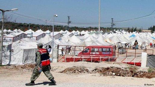 الصورة رويتر، لاجئون سوريون في تركيا