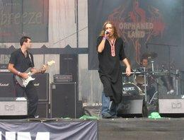 Orphaned Land playing live at the Summer Breeze Open Air Festival (photo: Flickr)