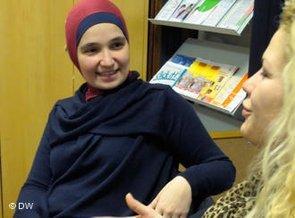 Family councillor Aylin Yanik-Senay (photo: DW)