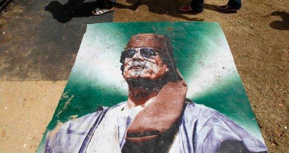 مظاهر زائفة من الدولنة وميلاد عسير للجمهورية الليبية الاولى