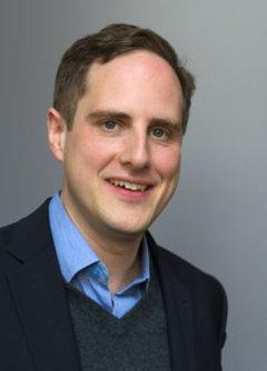 الدكتور شتيفان رول باحث وخبير في شؤون إفريقيا والشرق الأوسط من والمعهد الألماني للشؤون الدولية والأمنية (SWP).