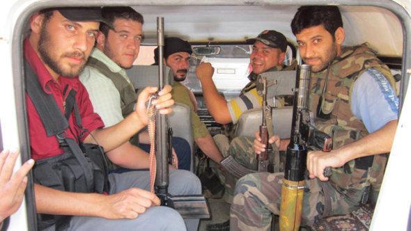 مقاتلو االجيش الحر الصورة رويتر