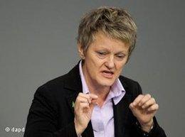 كوناست، رئيسة الكتلة البرلمانية لحزب الخُضر الألماني  د ب ا