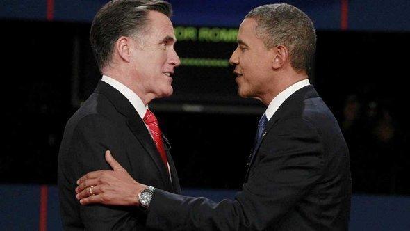 رومني واوباما الصورة مايكل رونولدز