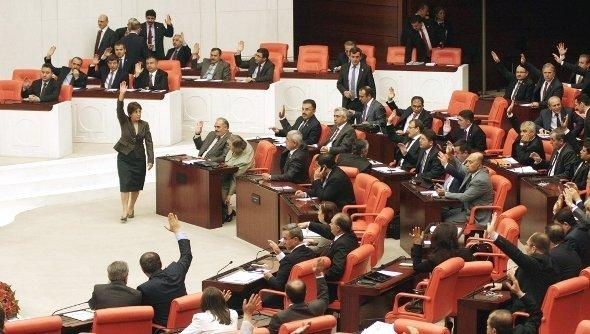 Ruling party lawmakers atte