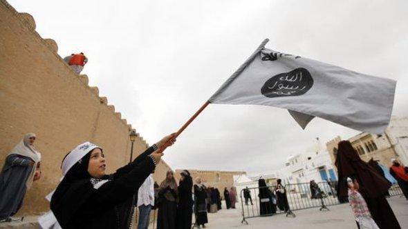 Rally of Salafists in Kairouan, Tunisia (photo: Reuters)