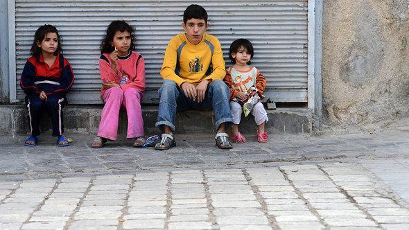 أطفال في حلب. أ ف ب