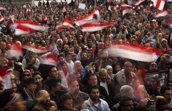 Demonstration gegen Hosni Mubarak auf dem Tahrir-Platz; Foto: AP