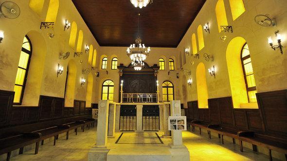 كنيس في الحي اليهودي سابقاً في القاهرة. د ب أ