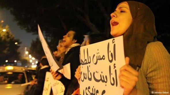 معركة الاستقطاب والصراع بين الإسلامويين والقوى المدنية
