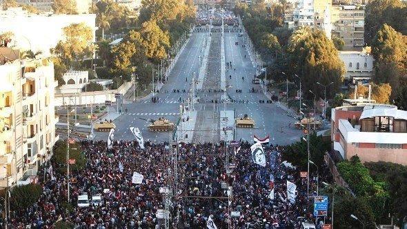 احتجاجات ضد مرسي، ديسمبر 2012. رويترز