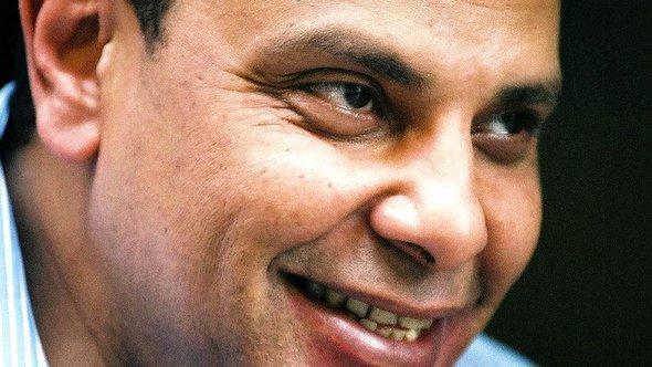 Alaa al-Aswani; Foto: AP/Mohamed al-Sehety