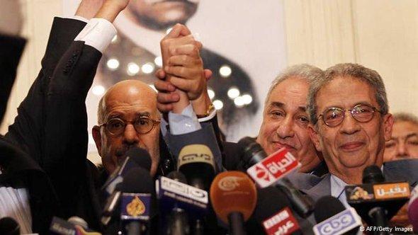 بعض قادة جبهة الإنقاذ الوطني ومنهم عمرو موسى ومحمد البرادعي. أ ف ب