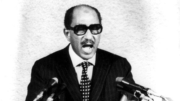 الرئيس المصري الأسبق أنور السادات. أ ب