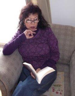 الكاتبة العراقية هدية حسين. المصدر: هدية حسين