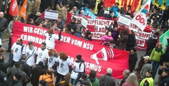 مواطنون ألمان تظاهروا في 4 نوفمبر/ تشرين الثاني 2012 في برلين ضد التمييز العنصري. د ب أ
