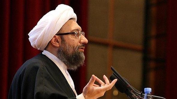 آية الله صادق أمولي لاريجاني، رئيس جهاز القضاء في إيران. FARS