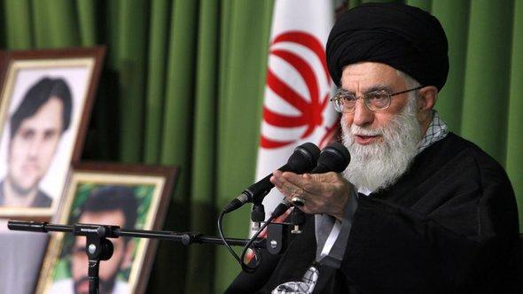 The Iranian Supreme Leader Ayatollah Ali Khamenei (photo: picture-alliance/abaca)