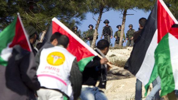 """ناشطون فلسطينيون نصبوا خيامهم في مخيم أسموه """"باب الشمس"""" في الضفة الغربية. أ ف ب"""